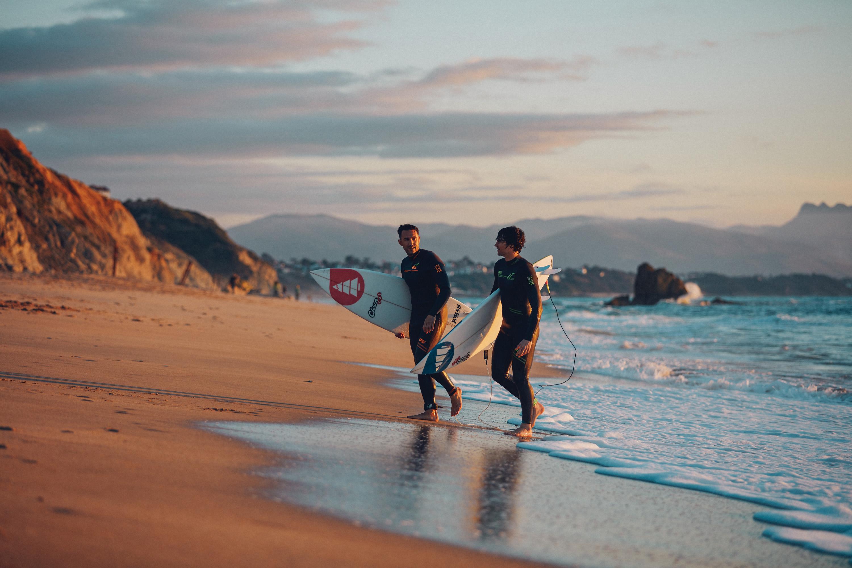 En avant première, la wetsuit de Picture Organic Clothing